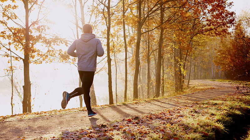 5 Fun Fall Workouts You Can Do Outdoors